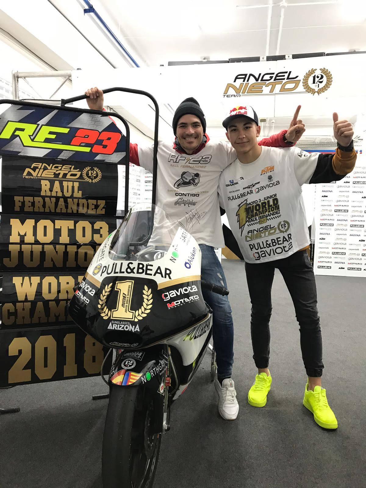 raul-fernandez-se-proclama-campeon-del-fim-cev-repsol-moto3